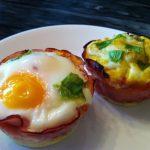 keto breakfast eggs in ham cups