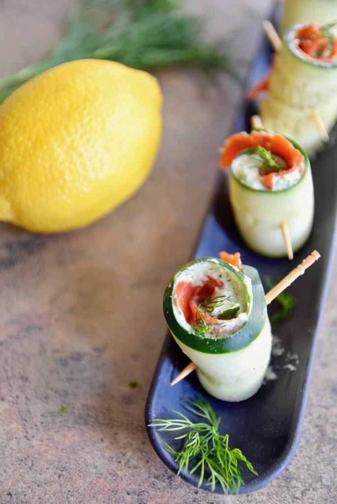keto breakfast salmon cucumber roll-ups